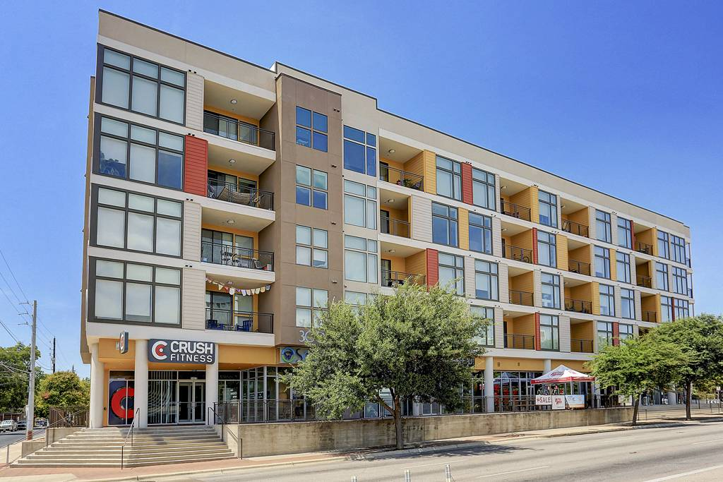 COLE Apartments at 300  S Lamar, Austin, TX 78704