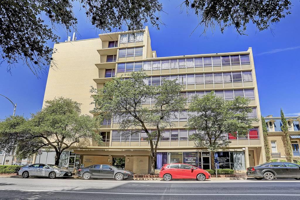 Greenwood Towers at 1800  Lavaca St, Austin, TX 78701
