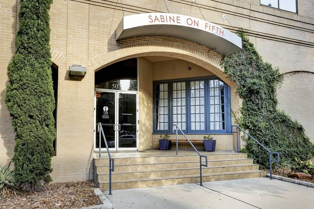 Sabine on 5th at 507  Sabine, Austin, TX 78701