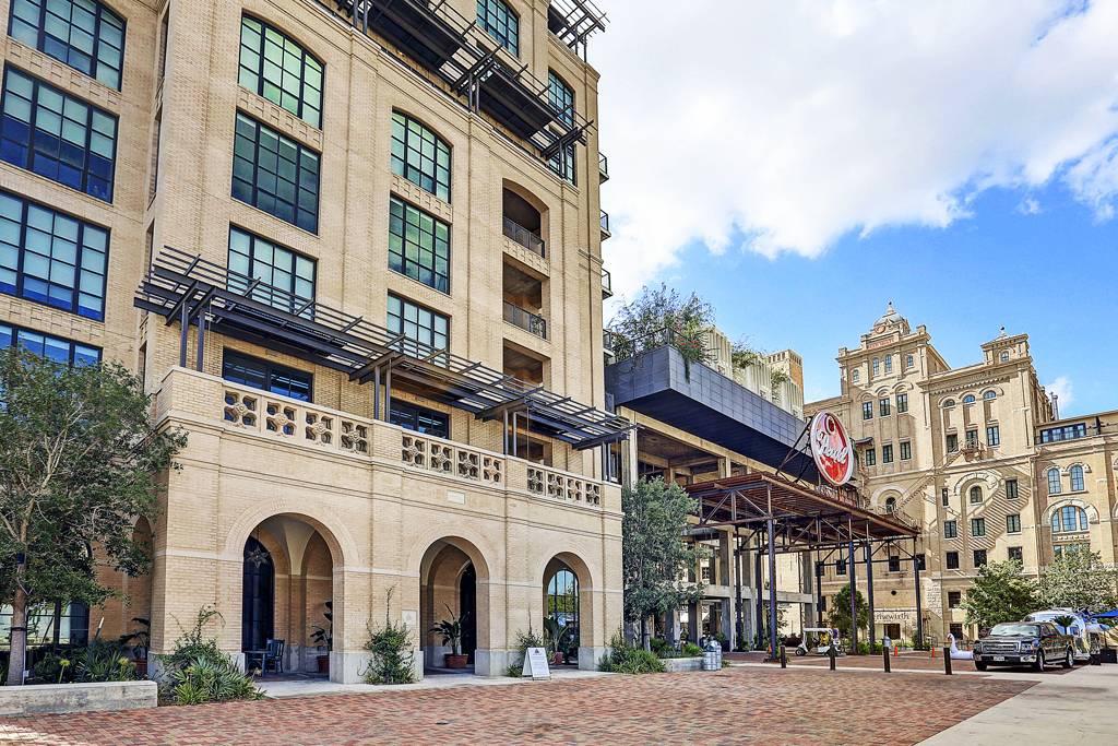 Cellars At The Pearl Apartments at 312  Pearl Parkway, San Antonio, TX 78215