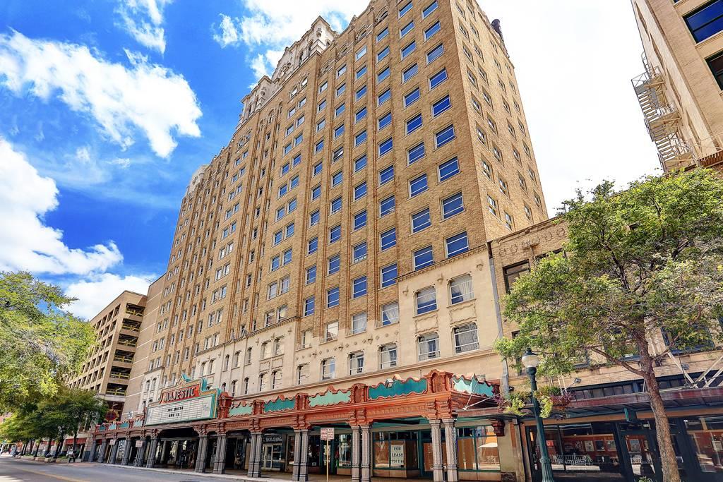 Majestic & Brady Towers Apartments at 222  E Houston s, San Antonio, TX 78205