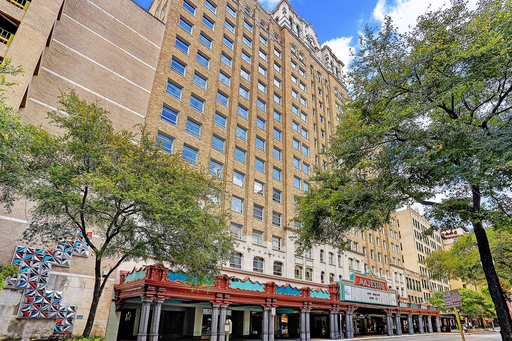 Majestic & Brady Towers Apartments at  222  E Houston s, San Antonio, TX 78205