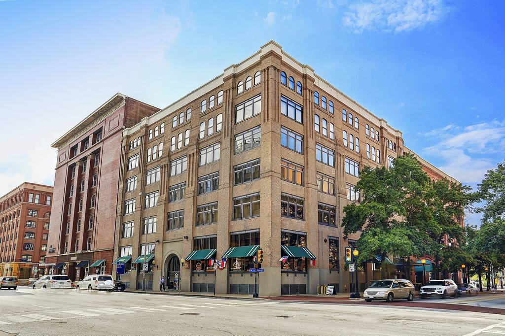 509 Elm Place Lofts at 509  Elm St, Dallas, TX 75202