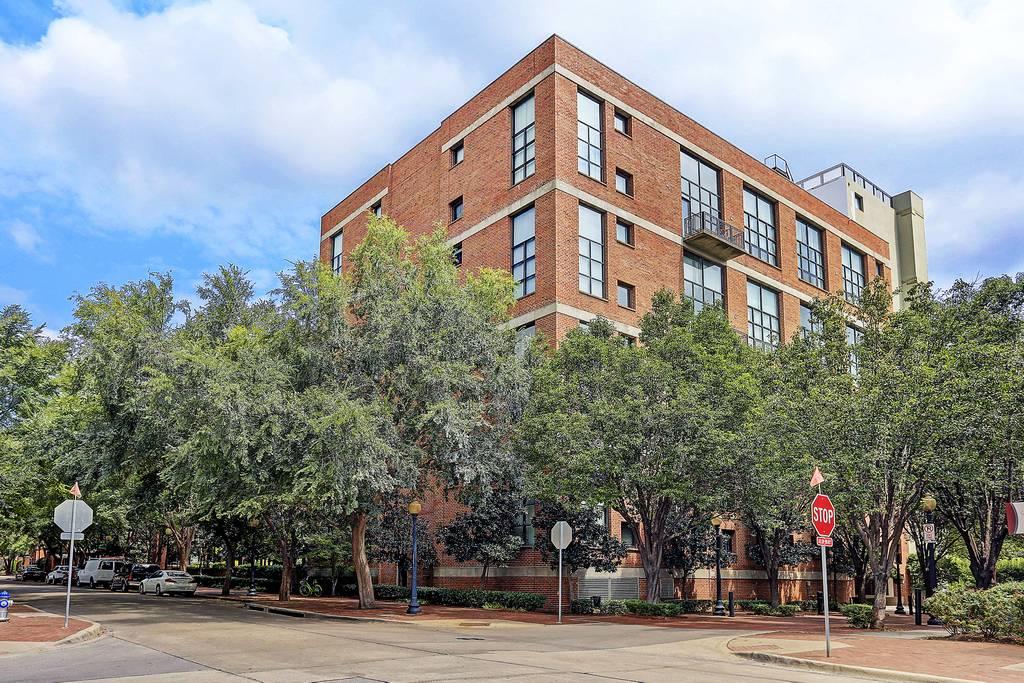588 Lofts at 3110  Thomas Ave, Dallas, TX 75204