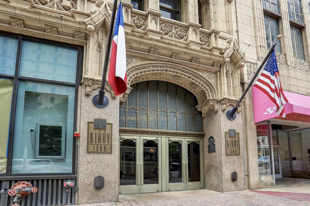 Kirby Residences at 1509  Main St, Dallas, TX 75201