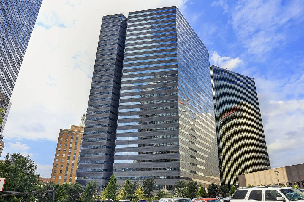 One Dallas Center at 350  N Saint Paul St, Dallas, TX 75201