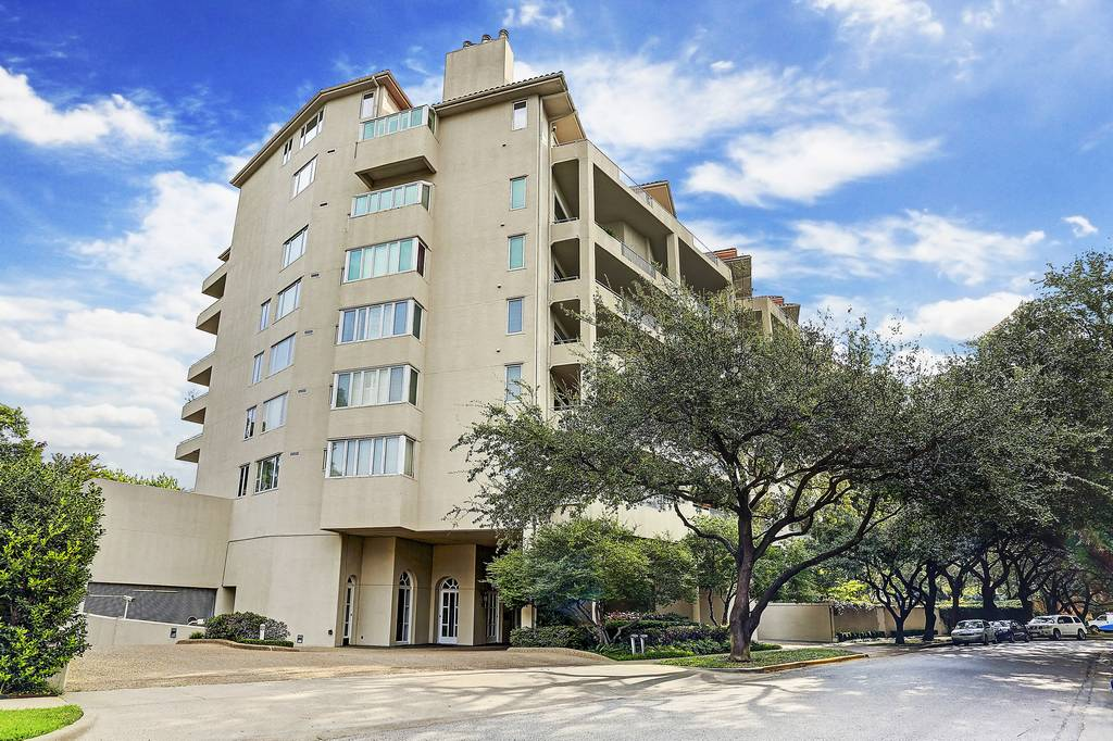 Park Plaza Condos at 4500  Roland Ave, Highland Park, TX 75219