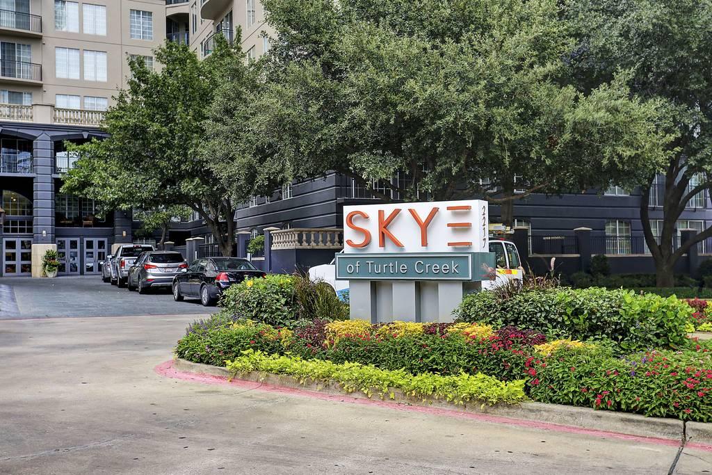 SKYE of Turtle Creek Apartments at 2217  Ivan St, Dallas, TX 75201