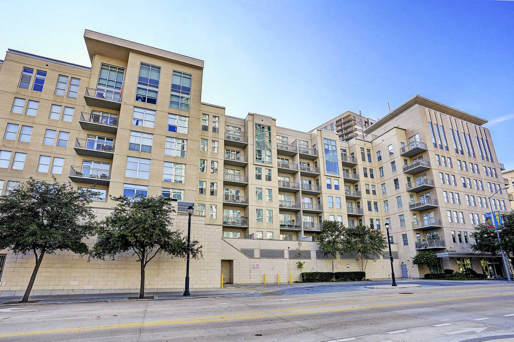 Terrace Condominiums Highrise At 2323 N Houston St Dallas