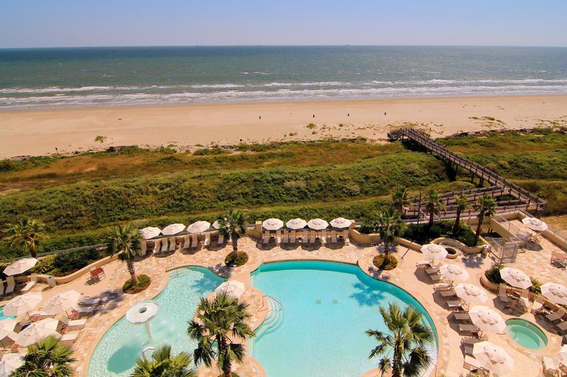 Palisade Palms at 801 E Beach Dr, Galveston, TX 77550