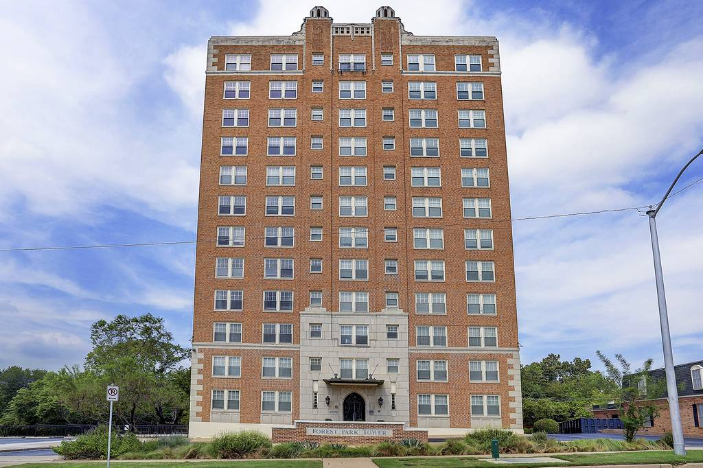 Forest Park Tower at 2306  Park Place Ave, Fort Worth, TX 76110