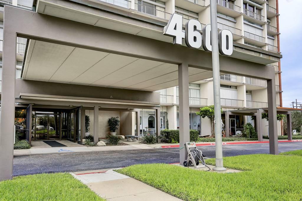 Forty-Six Hundred Condominium at 4600  Ocean Dr, Corpus Christi, TX 78412