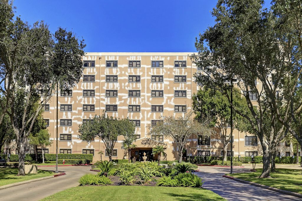 The Towers At Clear Lake at 18711 W Egret Bay Blvd, Houston, TX 77058