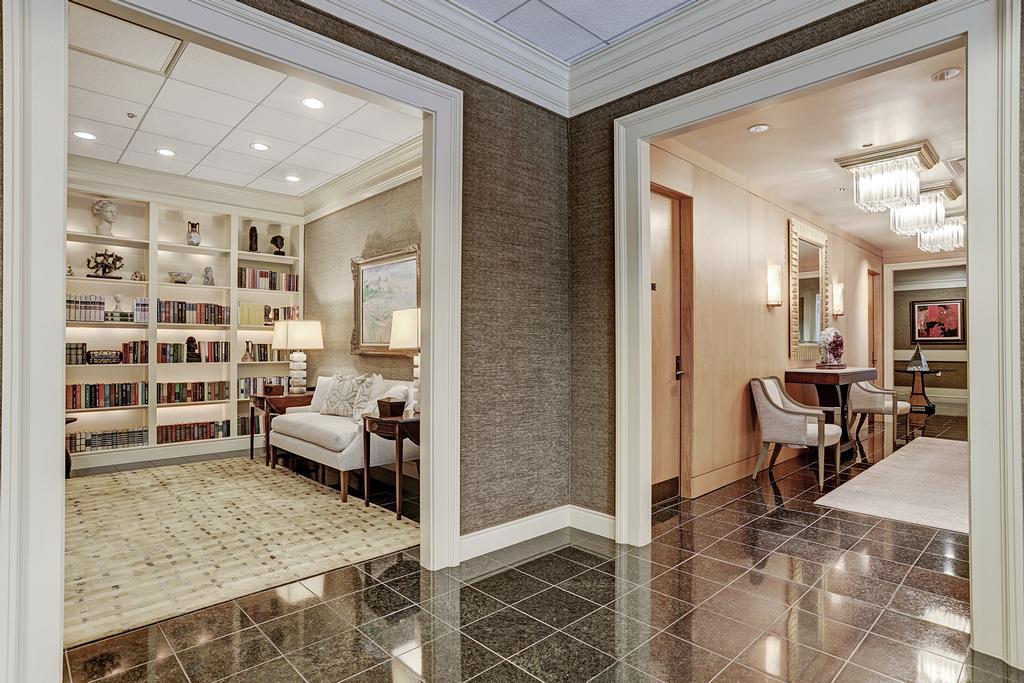 The Houstonian at 121 N Post Oak, Houston, TX 77024