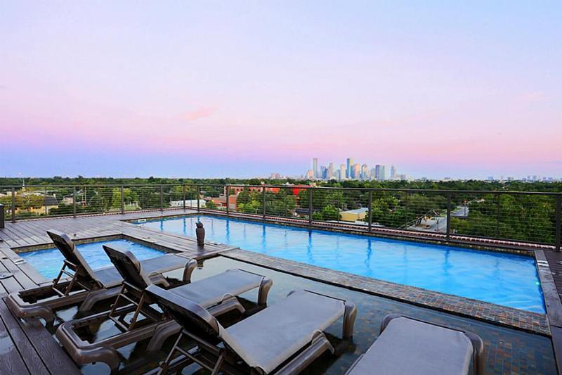 1111 Studewood Place at 1111 Studewood Place, Houston, TX 77008