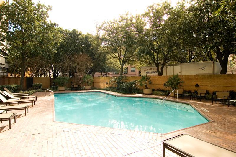 Greenway at 14  Greenway, Houston, TX 77046