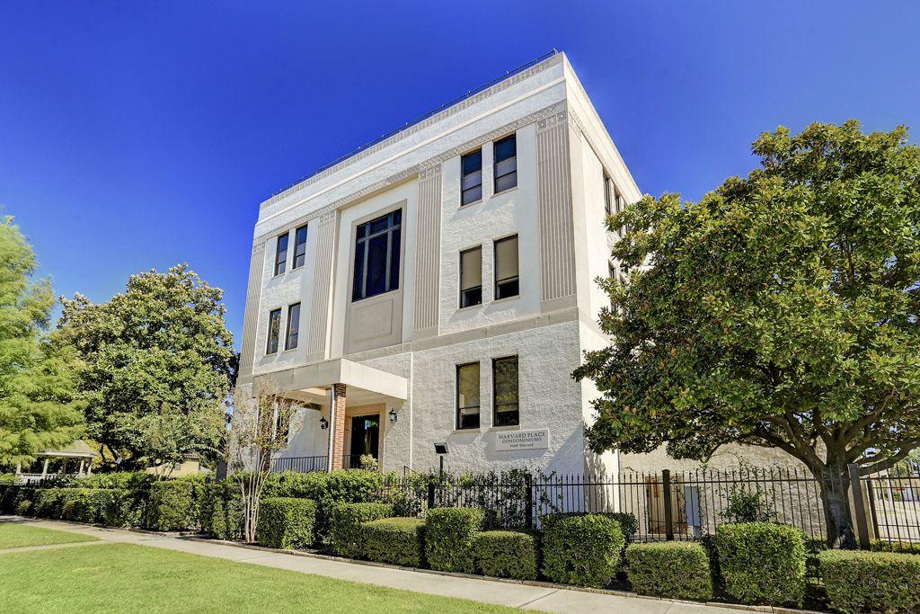 Harvard House Condominiums at 1100 Harvard St, Houston, TX 77008