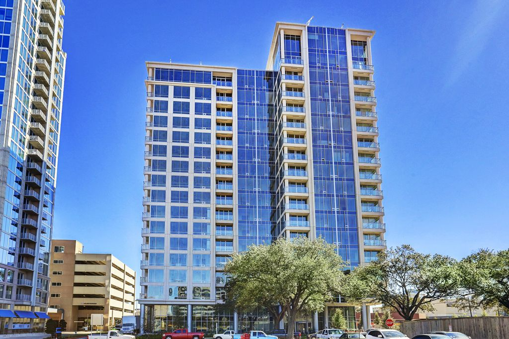 The Wilshire at 2049 Westcreek, Houston, TX 77027