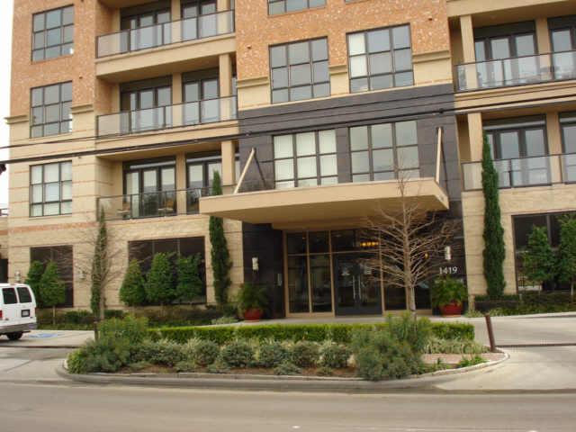 One Montrose Place at 1419  Montrose, Houston, TX 77019
