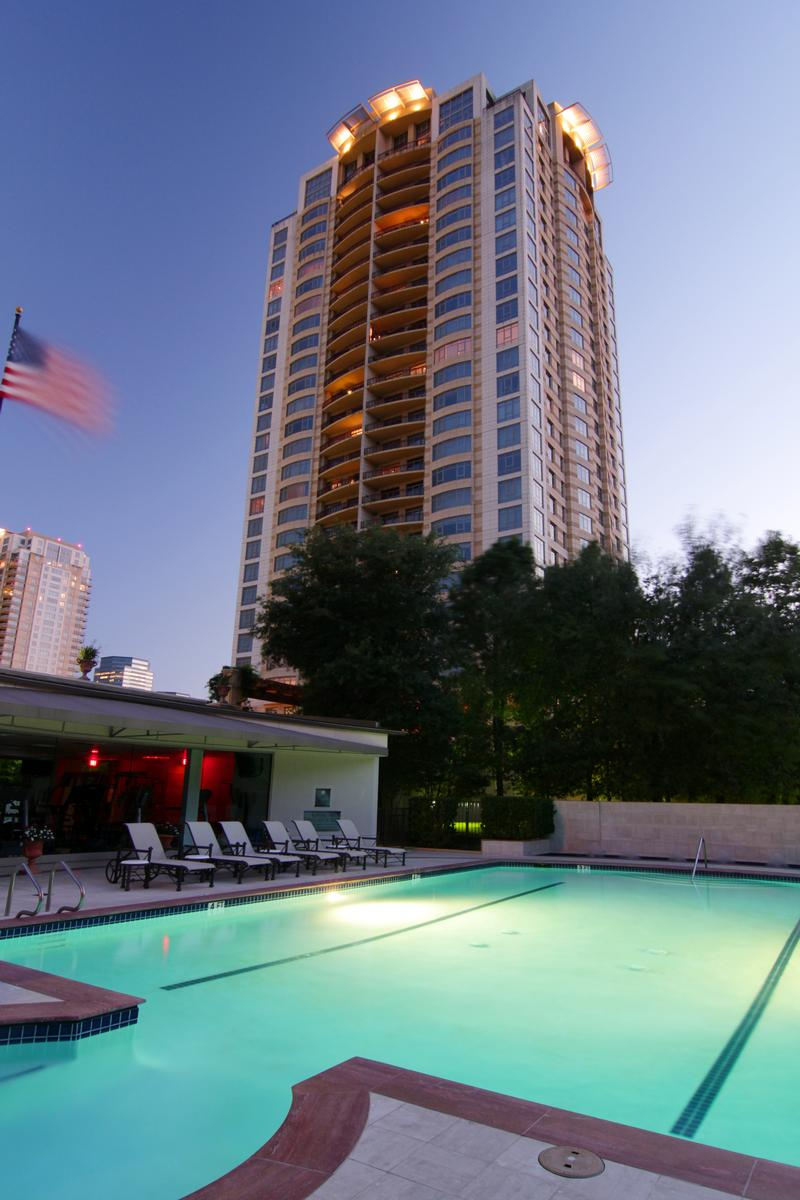 Villa D Este Highrise At 1000 Uptown Park Blvd Houston