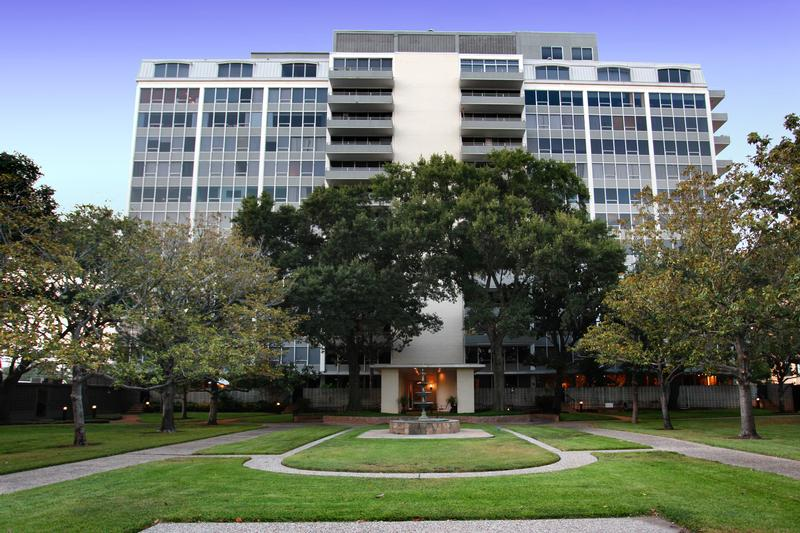 Regency House at 2701 Westheimer Rd, Houston, TX 77098