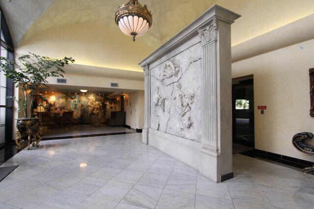 Renoir Lofts at 1005 S Shepherd, Houston, TX 77019