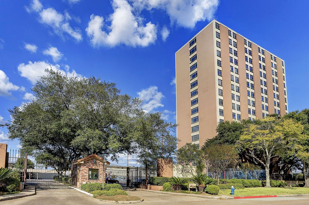 The Sussex at 7510  Hornwood, Houston, TX 77036