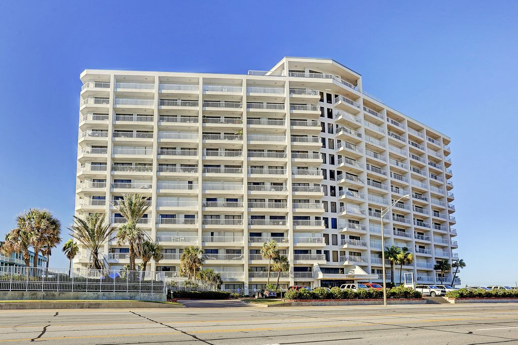 The Breakers at 7700  Seawall, Galveston, TX 77551