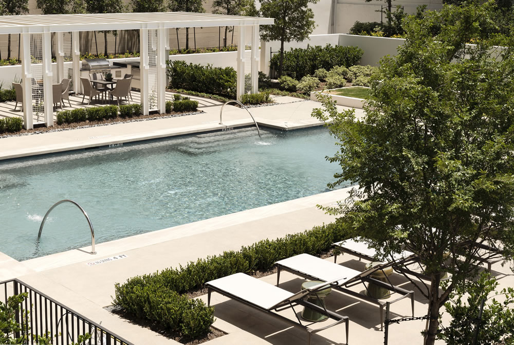 The River Oaks at 3433 Westheimer, Houston, TX 77027