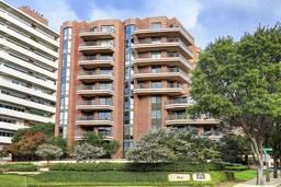 The Beverly Condominiums
