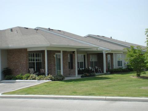 Oak Haven Apartment Homes at  19445 David Memorial, Shenandoah, TX 77385