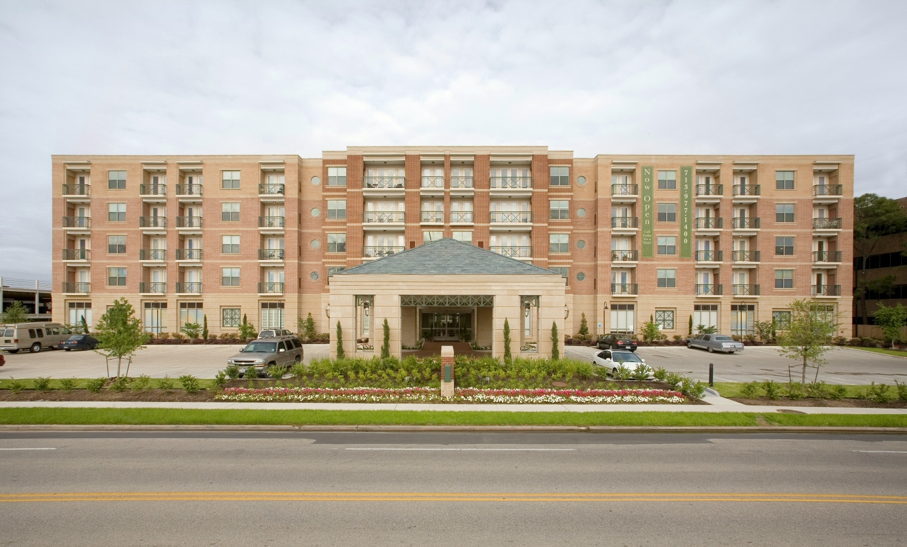 The Village of Tanglewood at  1600 Augusta Dr, Houston, TX 77057